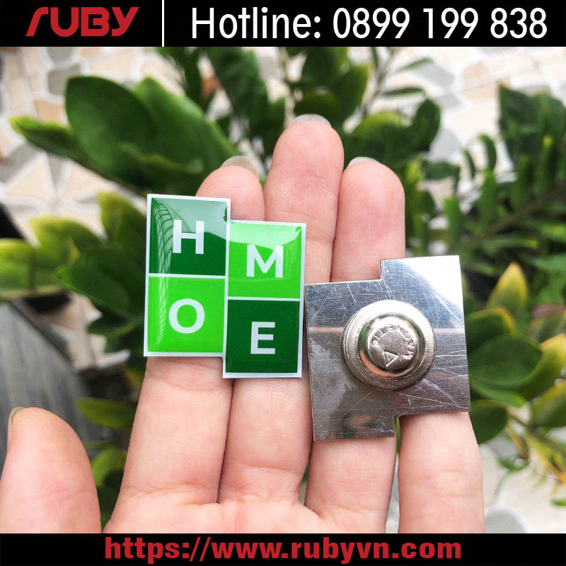 Huy-hieu-deo-ao-inox-in-offset-RLG003.jpg